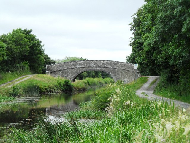 Srah bridge on the Grand Canal, west of Tullamore, Co. Offaly