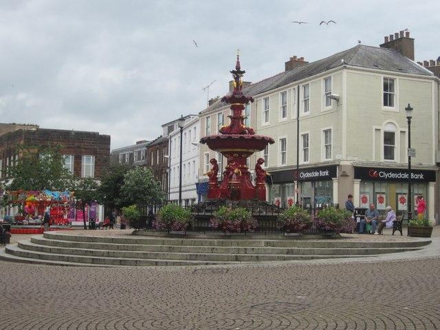 Fountain, Dumfries town centre © Graham Robson cc-by-sa/2.0 ...