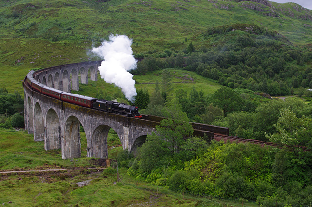 The Jacobite crosses Glenfinnan viaduct