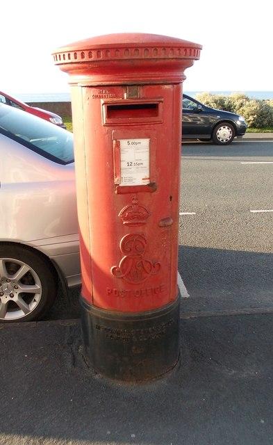 Edward VII Post Box - East Parade