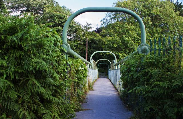 A footbridge over the railway at Doctor's Bridge