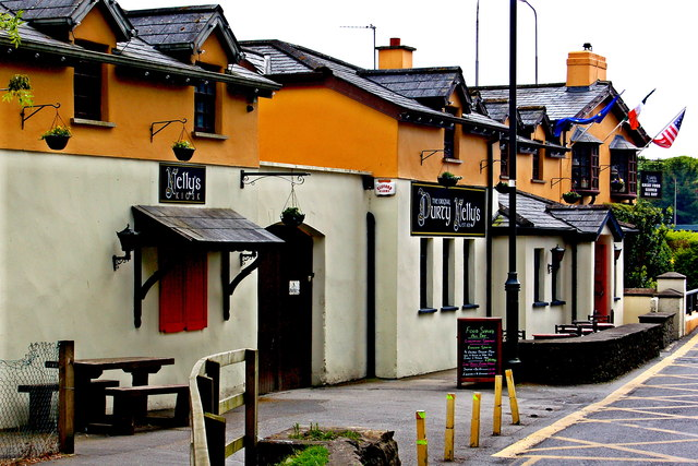 Bunratty - Durty Nelly's Pub - NW Side
