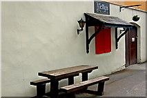 R4560 : Bunratty - Durty Nelly's Pub - Kiosk by Joseph Mischyshyn