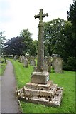 SK2071 : Churchyard cross, Great Longstone by Dave Dunford
