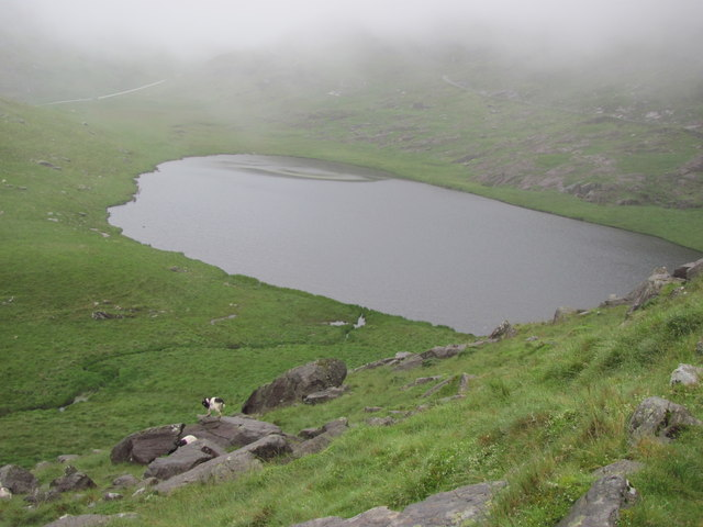 Llyn Teyrn from the Miners' Track