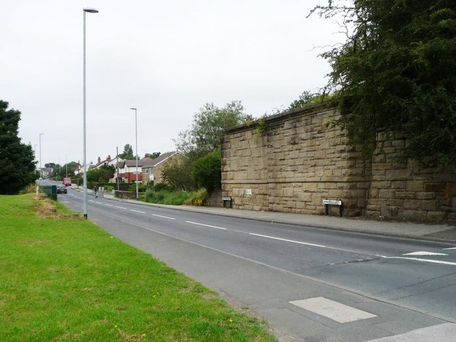 Barwick and Leeds Roads meet
