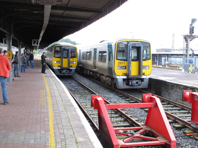 Train from Cobh arrives at Cork Kent Station