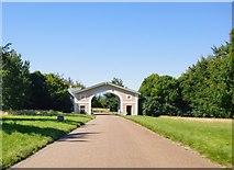 TQ1352 : Entrance arch, Polesden Lacey by Stefan Czapski