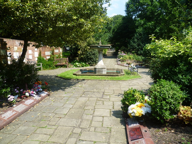 The Garden of Remembrance, Putney Vale Cemetery