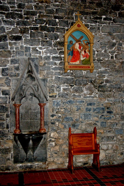 Adare - Main Street - Trinitarian Priory (1230) / Holy Trinity Abbey Church Interior