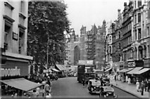 TQ2779 : NE up Brompton Road to Knightsbridge by Ben Brooksbank