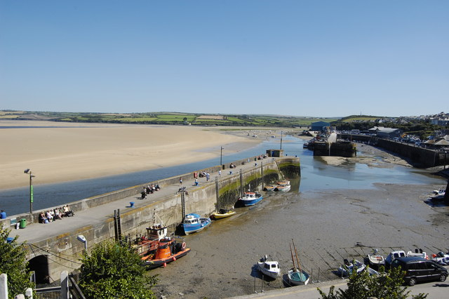 Low tide, Padstow outer harbour...