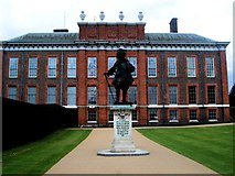 TQ2579 : Kensington Palace by Paul Gillett