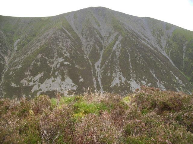 Summit of Carsleddam looking to Skiddaw Little Man