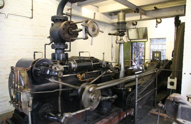 Blists Hill Victorian Town - steam engine running