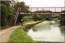 TQ2182 : Grand Union Canal by Richard Croft