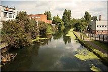 TQ1883 : Grand Union Canal by Richard Croft
