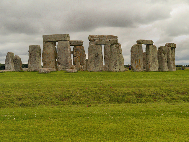 The consensus view for the date Bayesian dating of nature and stonehenge a