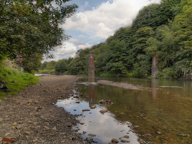 River Irwell, Bridge Remains at Ladyshore
