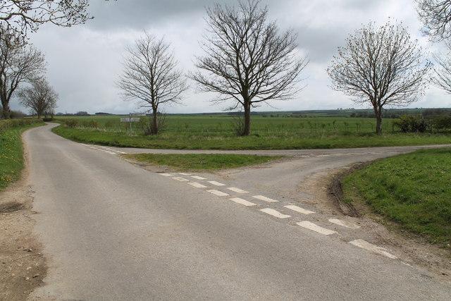 Road Junction near Low Toynton