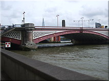 TQ3180 : Blackfriars Bridge by Paul Gillett