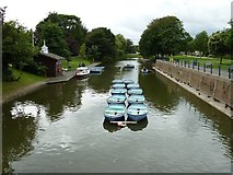 TR1634 : The Royal Military Canal, Hythe - view westwards by Rob Farrow