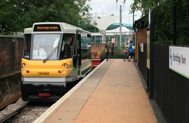 Parry People Mover at Stourbridge Town