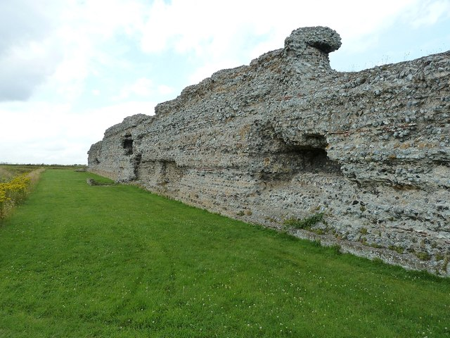 Richborough Castle Roman Fort - southern wall