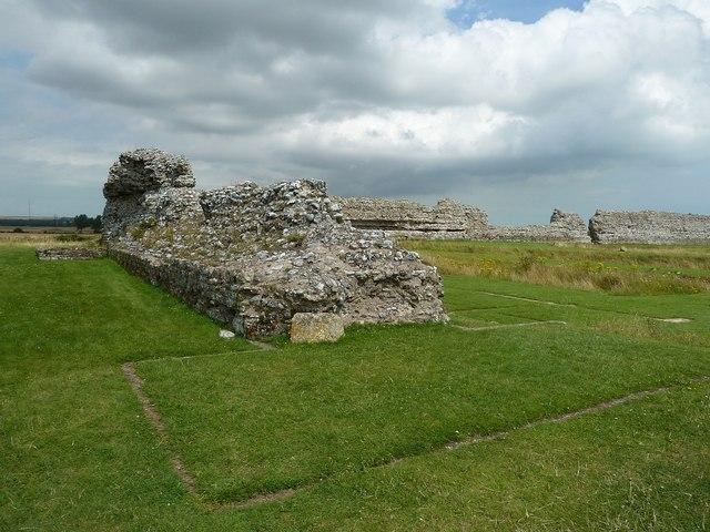 Richborough Castle Roman Fort - western wall (north)