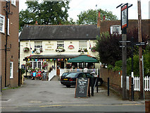 TQ1666 : The George and Dragon, Thames Ditton by Robin Webster