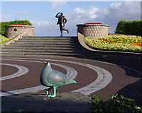 SD4364 : Eric Morecambe statue by Ian Taylor