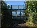 TQ0463 : Motorway sound screen by Alan Hunt