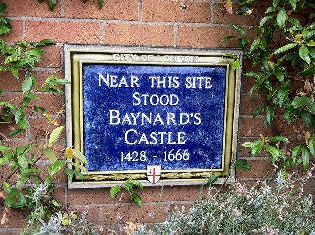 Photo of Baynard's Castle blue plaque