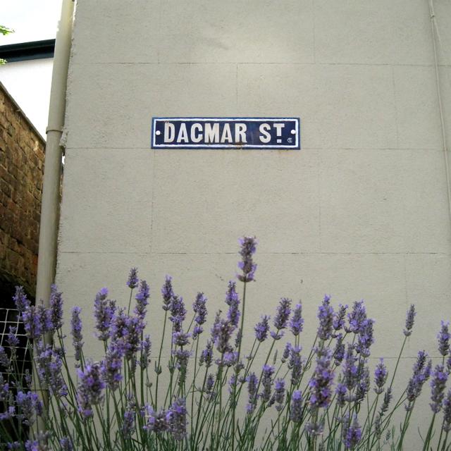 Old street nameplate, Dagmar Street