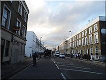 TQ3283 : New North Road, Hoxton by David Howard