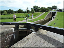 SP6989 : Lock 10, (Old) Grand Union Canal by Mr Biz