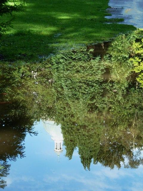 Lancaster - Ashton Memorial reflection (I)