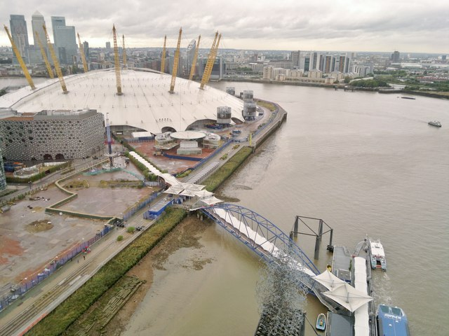O2 Arena from Emirates Air Line cable car