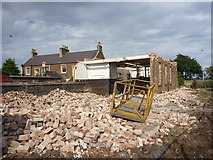 NT6578 : East Lothian Architecture : Demolition of Beltonford Maltings, West Barns by Richard West