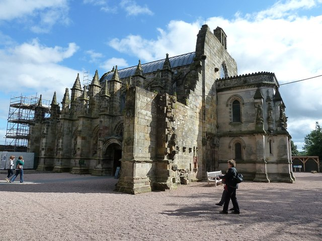 Rosslyn Chapel - threequarter view