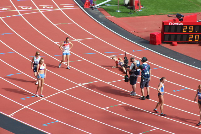 End of the race, Olympic Stadium