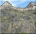 NT2573 : Castle Rock, Edinburgh by Rob Farrow