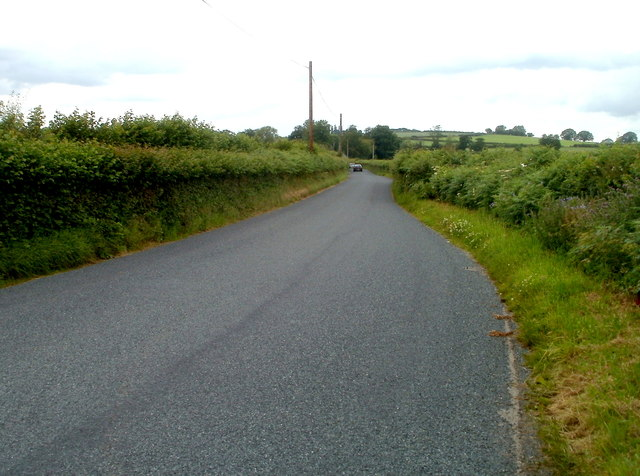 Passing place on the B4558 NW of Pencelli