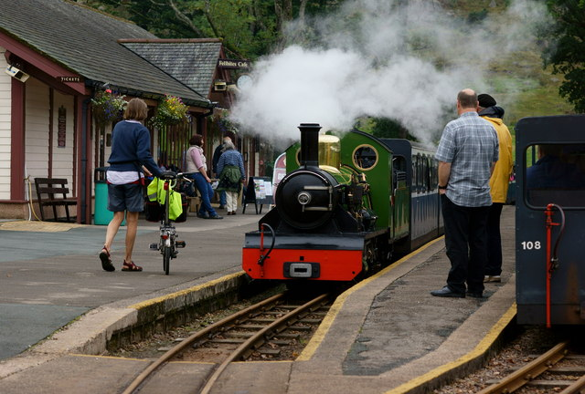 'River Irt' Arrives at Dalegarth Station