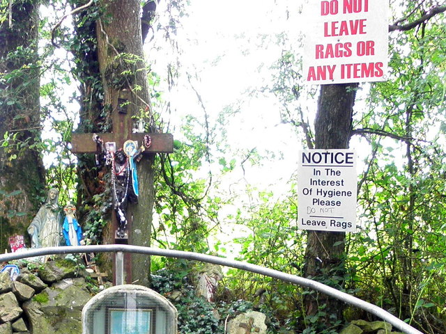 """Do not leave rags"" notices, St Malachy's Well by Kenneth Allen"
