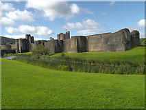 ST1587 : North Eastern Wall, Caerphilly Castle by David Dixon
