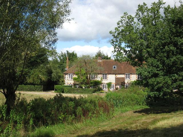 Houses on Moorhen Common