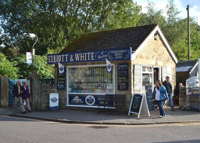 Sweet shop near Baslow village green