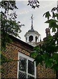 TQ2075 : Mortlake parish church: weather-vane, lantern, and vestry house by Stefan Czapski