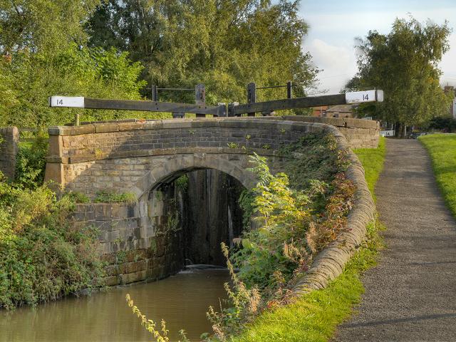 Peak Forest Canal, Bridge at Lock#14